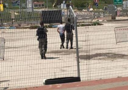الاحتلال يعتقل شاباً على حاجز زعترة جنوب نابلس