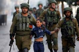 الاحتلال ينكل بـ٣ أسرى من الضفة خلال اعتقالهم من بينهم قاصران