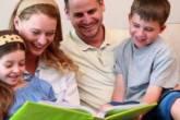 أشياء مهمة يغفل الأهل تعليمها لأطفالهم