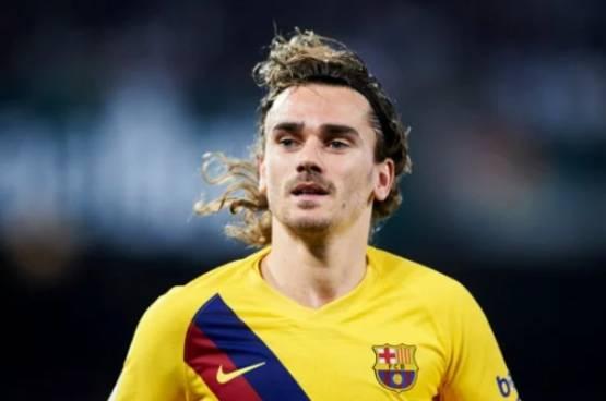 جريزمان يُعاني من إصابة قوية تُهدد موسمه مع برشلونة