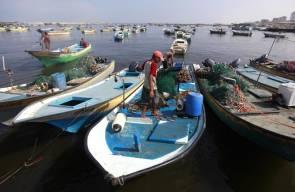 صيادين فلسطينين في ميناء غزة