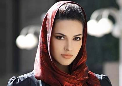 هذه الخطوات تنسيق لون الحجاب مع الملابس