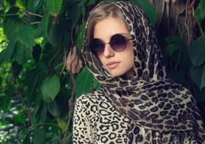 خطوات اختيار نظارة الشمس بحسب شكل الحجاب