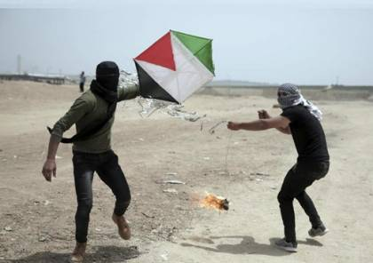 موقع عبري يزعم : مصر تمهل حماس عدة أيام لوقف البالونات والطائرات الحارقة