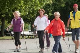 نزهة يومية تخفض من حدة السكتة الدماغية لكبار السن