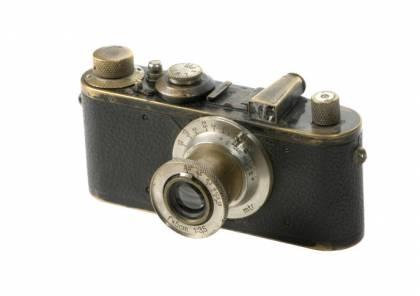 كاميرا عمرها 95 سنة.. وثمنها 2.4 مليون يورو!