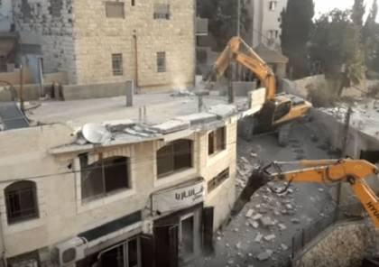الاحتلال الاسرائيلي يهدم منشآت تجارية في العيسوية بالقدس المحتلة