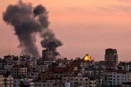 الاحتلال يقصف سيارة شمال القطاع ويشن غارات على عدة مواقع