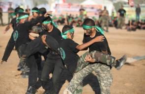 غزة : عرض كشفي لمخيمات فجر الانتصار