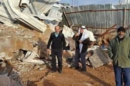 الاحتلال يشرع بهدم إسكانين قيد الإنشاء في بيت جالا