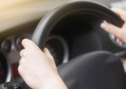 توقيف طبيبة سعودية قادت سيارة زوجها للذهاب لعملها
