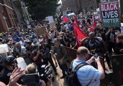 فيديو.. سيارة تدهس عددا من المتظاهرين في فرجينيا بالولايات المتحدة