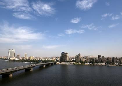 وزير مصري يتعهد بخلق مليون فرصة عمل للشباب خلال عام