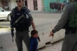هآرتس: الاحتلال يعتقل طفلا 3 أعوام في الخليل