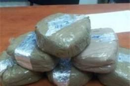مكافحة المخدرات تضبط فروش حشيش وحبوب مخدرة برفح