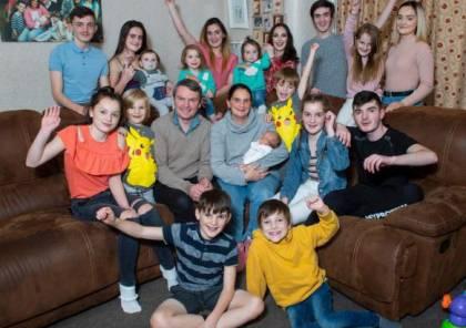 سيدة شابة أنجبت 21 طفلًا حتى الآن!