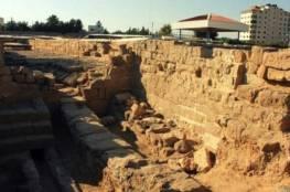 السياحة والاثار : تجدد اعمال التجريف والتدمير في موقع تل السكن الاثري بغزة