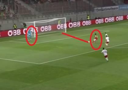 لاعب بايرن ميونخ يسجل هدفا طريفا في مرمى منتخب بلاده (فيديو)