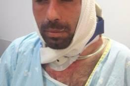 فيديو: إسرائيليون يهاجمون فلسطينيا بالضرب المبرح في بتاح تكفا للاشتباه به