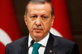 أردوغان يهاتف الرئيس مهنئا بانعقاد مؤتمر فتح وإعادة انتخابه رئيسا للحركة