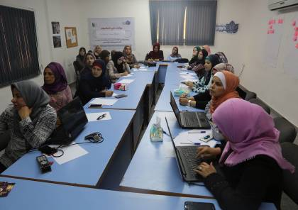 فلسطينيات تعقد لقاءً حول الإعلام وقضايا الفساد