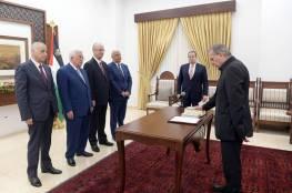 """"""" محدث"""" .. أبو ردينة يؤدي اليمين أمام الرئيس نائبا لرئيس الوزراء ووزيرا للإعلام"""