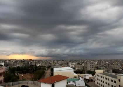 طقس فلسطين: منخفض جوي غداً والأربعاء ثلوج على المرتفعات