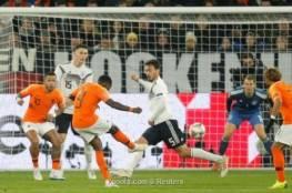 فيديو.. سيناريو دراماتيكي يضع هولندا بنصف النهائي