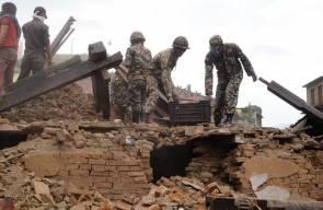 الاف القتلى في زلزال نيبال