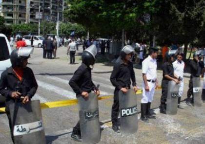 مقتل 4 من الشرطة المصرية في إطلاق نار على كمين قرب القاهرة