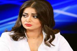 شاهد ..رد فعل غير متوقع من مذيعة عراقية علمت بوفاة أخيها على الهواء