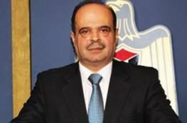 الحكومة: تهديد الاحتلال بإجبار أهالي الخان الأحمر على هدم منازلهم بأيديهم مرفوضة