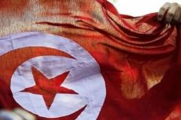 """صورة """"سيلفي الطلاق"""" يثير جدلا في تونس"""