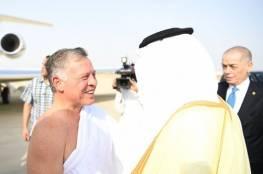 """بالصور: ملك الأردن يصل جدة """"محرما"""" قبل المشاركة في القمة"""