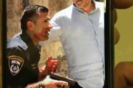 فيديو: لحظة تنفيذ الشهيد الاردني عملية الطعن في القدس المحتلة