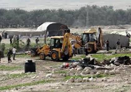 الاحتلال الاسرائيلي يهدم منشآت سكنية وحظائر في الأغوار