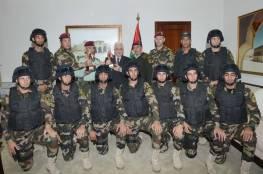الحرس الرئاسي ينفي تلقيه تعليمات من الرئيس عباس بتوجه عناصره الي غزة