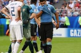 فيديو:: الأوروغواي تفوز على روسيا بثلاثية نظيفة في الجولة الاخيرة