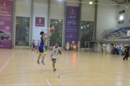 شباب البريج يهزم خدمات خانيونس بدوري السلة