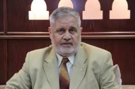 """د.يوسف: حماس قدمت """"تنازلات كبيرة"""" ومضطرة للبحث عن بدائل لتخفيف الحصار"""