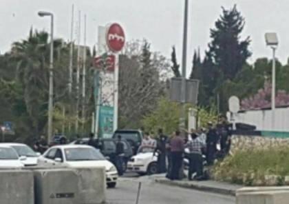 قوات الاحتلال تطلق النار على فتاة قرب العيزرية بزعم محاولة تنفيذ عملية طعن