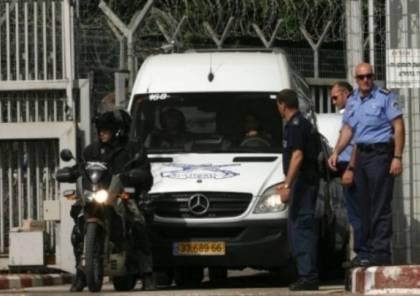 """الصليب الاحمر يحذر: الأسرى الفلسطينيون المضربون عن الطعام في مرحلة """"حرجة"""""""