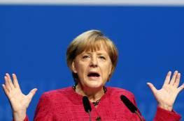 ميركل توافق على اجراءات للحد من عدد اللاجئين فى المانيا