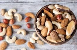 تناول المكسرات لتخفيف وطأة سوء التغذية لدى كبار السن
