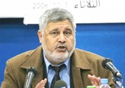 قيادي في حماس يطالب الزهار توضيحاً بشأن تصريحاته ضد ابناء حركة فتح