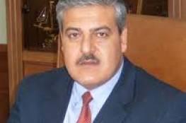 أول رد على استبعاده من عضوية المؤتمر..د.الفرا: سأبقى جنديا في حركة فتح غير المخطوفة
