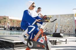 صور وفيديو: الشيخة موزة تمارس الرياضة في يومها الخاص في قطر