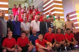 استقبال حافل لبعثة خان يونس وغدا اياب نهائي كأس فلسطين