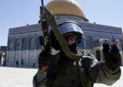 الاحتلال يقرر منع رفع الآذان عبر مكبرات الصوت بعد مصادقة لجنة التشريع