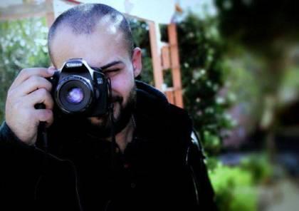 الصحة: إجراء عملية جراحية للصحفي أبو حسين لكن وضعه ما زال حرجًا
